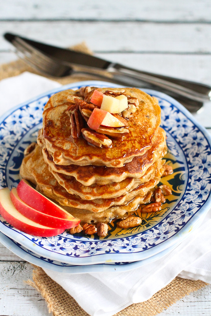 Whole Wheat Apple Spiced Pancakes…Fantastic for breakfast or dinner! 183 calories and 5 Weight Watchers PP | cookincanuck.com