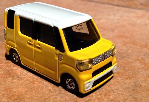 Tomica No. 58 Daihatsu Wake