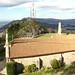 El lateral de la Ermita, con las antenas del Monte Santa Tecla al fondo