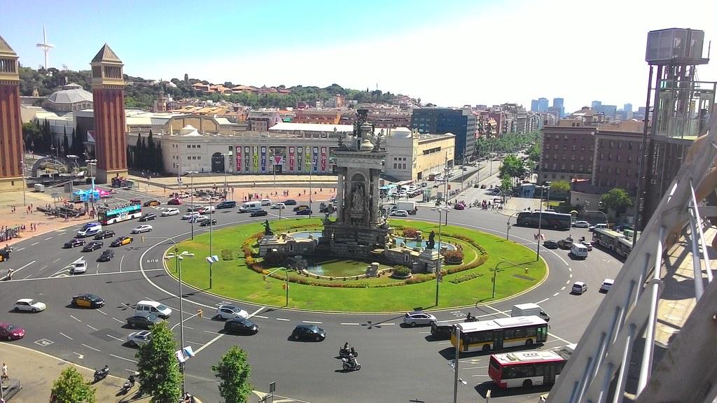 Placa Espanya vista da Las Arenas