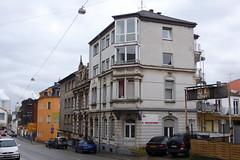 Architektur-Stilmix in der Karl-Janssen-Straße