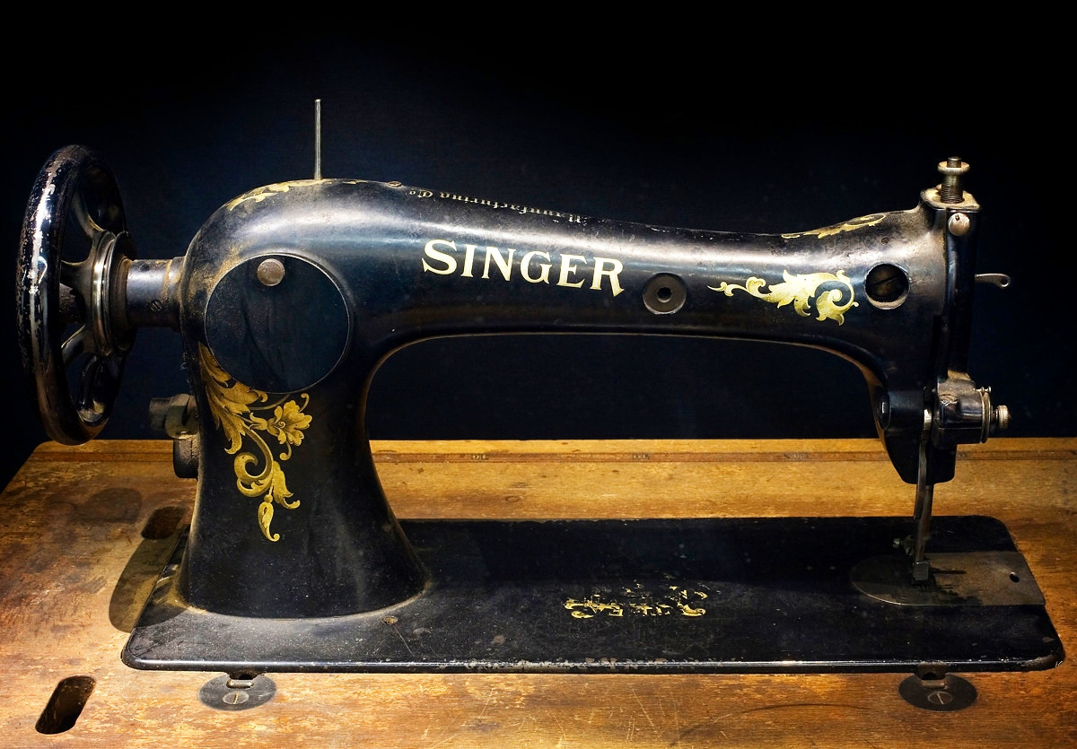 Sewing Machine. Credit Jorge Royan