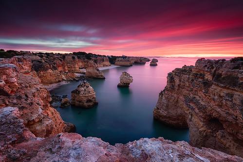 red portugal sunrise dawn coast algarve sonnenaufgang küste praiadamarinha