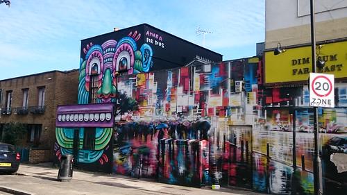 Camden street art - DANK & Amara Por Dios