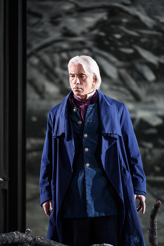 Dmitri Hvorostovsky in action.