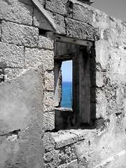 window window sea