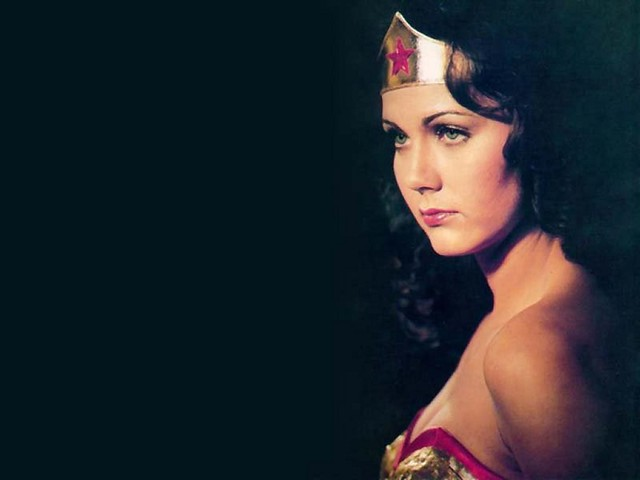 Lynda Carter Wallpaper