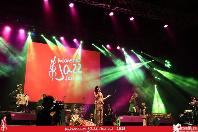 Indonesian Jazz Festival 2015 - Farah Di Jei Angklung (1)