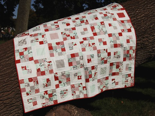 Winterberry Four Square quilt
