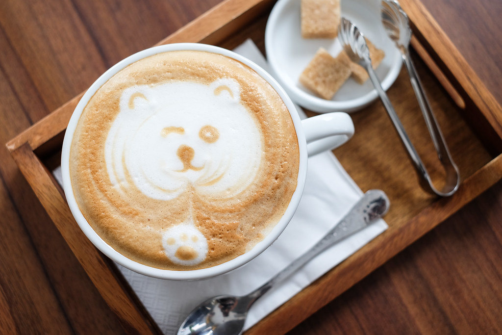 Lighthouse Bistro & Bar: Winking Cute Bear Coffee