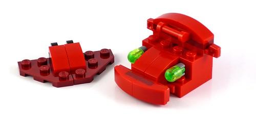 LEGO Creator 31032 Red Creatures 21