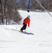 Skiing on the slopes (Facebook/Mount Sunapee)