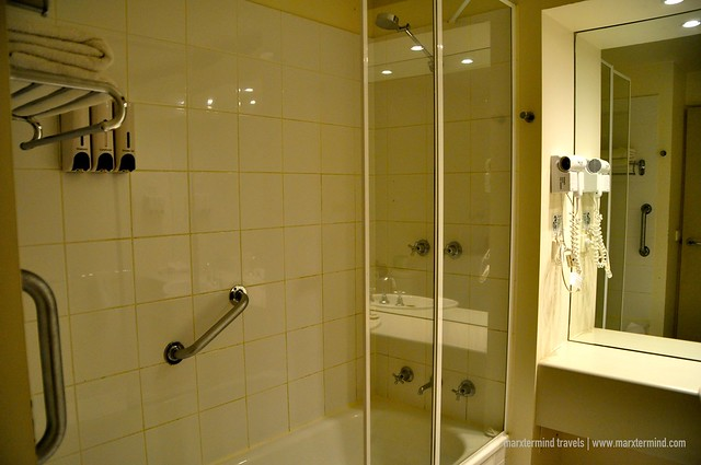 Bathroom One Bedroom Apartment at Park Regis Griffin Suites