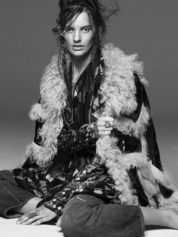 Amanda-Murphy-Vogue-Australia-Greg-Kadel-07-620x827