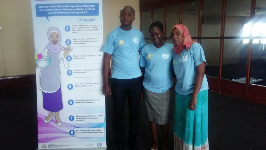 2015-11-18 CHODAWU Zanzibar awareness event for domestic workers