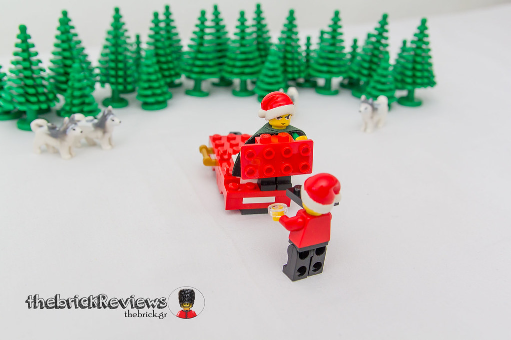 ThebrickReview: Christmas Train - 40138 - Limited Edition 2015 23610420222_7968afb061_b