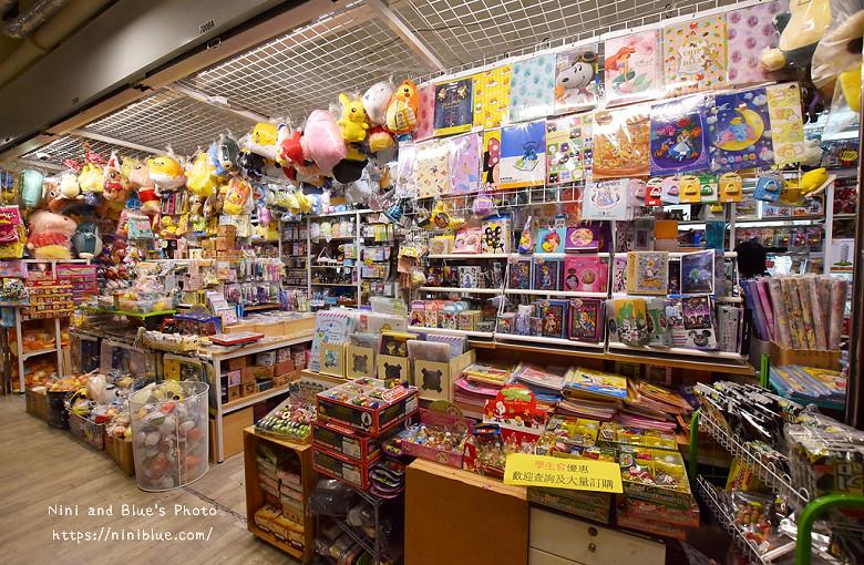 香港西九龍中心逛街商場15