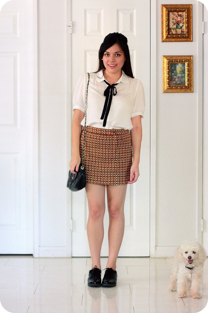 Sweets and Hearts style & fashion: outfit featuring Forever 21 bow blouse, Anna Sui Target tweed skirt, vintage quilted chain crossbody bag, Sperry Top Sider patent oxfords