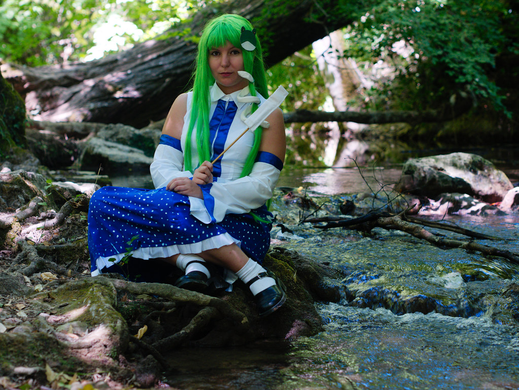 related image - Shooting Touhou project - Sanae Kochiya - Montrieux - 2015-08-16- P1180609