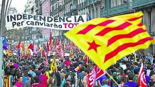 Independencia-Aquest-Barcelona-CUP-independentista_ARAIMA20131020_0100_4.jpg
