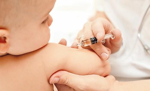 Чи можна купувати вакцину в аптеці?
