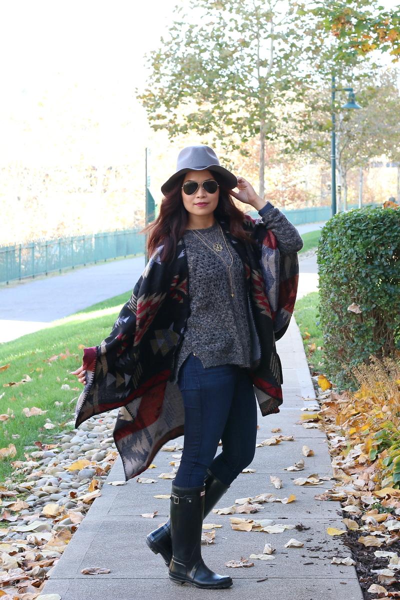 Fall-outfit-shopzyania-poncho-1b