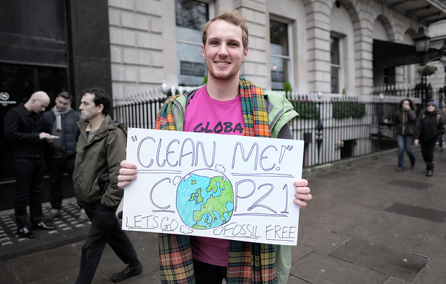Clean me COP21. Let's go fossil free.