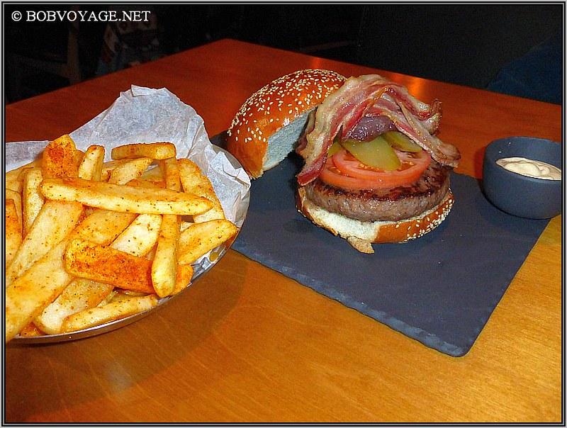 המבורגר גלייזד ב- סטוארט