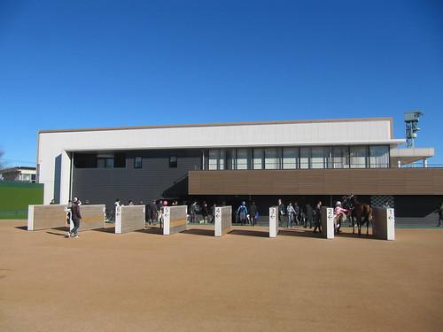 中山競馬場の検量室前の様子