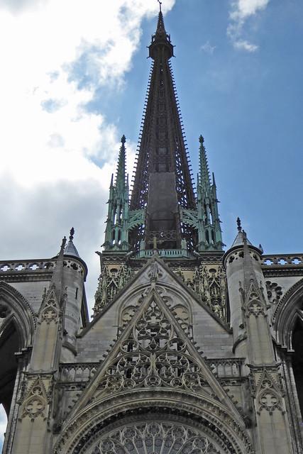 2016.06.27.080 ROUEN - Cathédrale, portail des Libraires et la tour lanterne