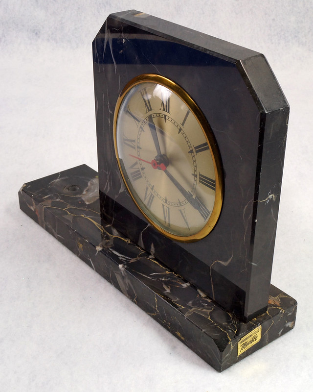 RD15359 Vintage Brunswick Electric Sessions Brass and Imported Marble Trophy Clock DSC09235