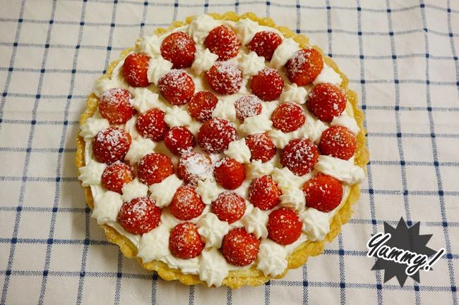 鐵塔牌 草莓乳酪派(24).JPG