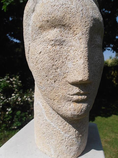 Head. Bath stone.