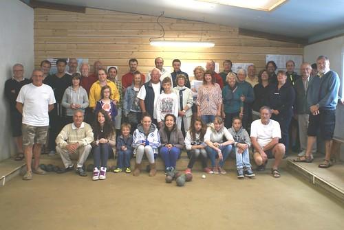 19/08/2015 - Plougasnou : Les participants à la 7ème séance d'initiation gratuite aux boules plombées