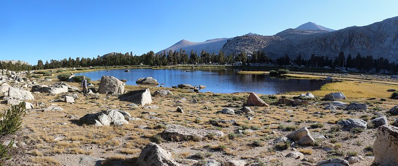 Panorama toward Cirque Peak from an unnamed Cottonwood Lake just east of Lake 3
