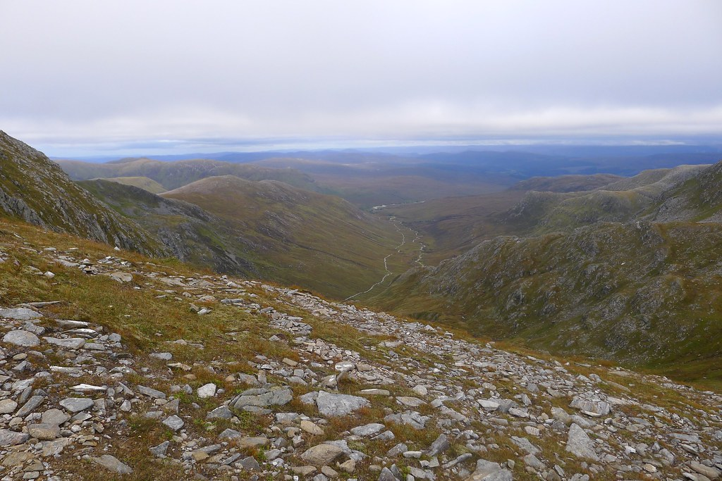 View east from the Glas Bealach to Coire Doe