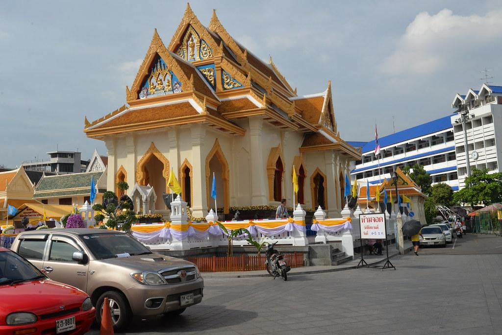 Wat Traimit BKKch 12-4-14