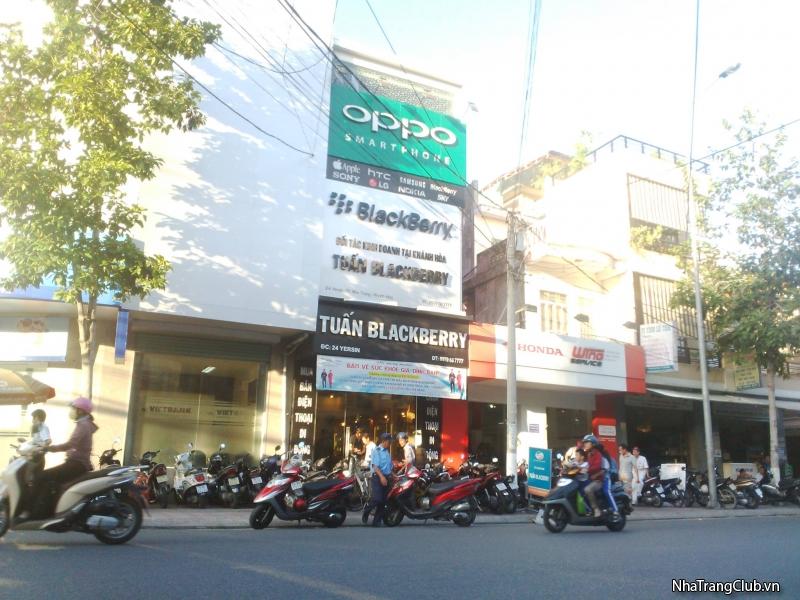 Tuấn BlackBerry 24 Yersin Nha Trang - Chuyên thu mua Smartphone, máy tính bảng, laptop