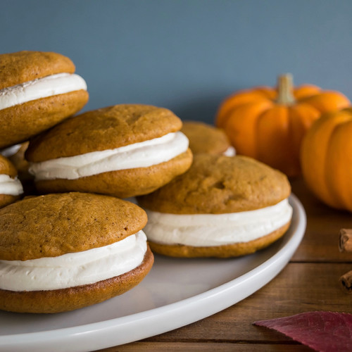 pumpkin whoopie pies with maple marshmallow cream