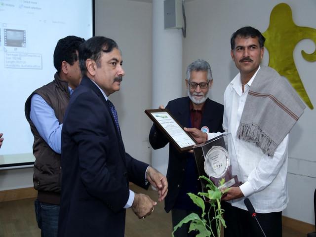 भारत नदी दिवस में सम्भव ट्रस्ट को सम्मानित किया गया