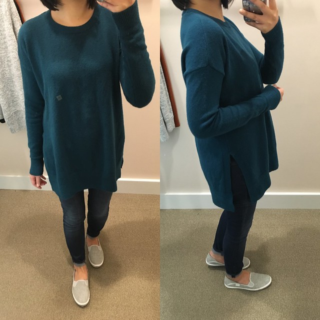 LOFT Hi-Side Split Sweater, size XS regular