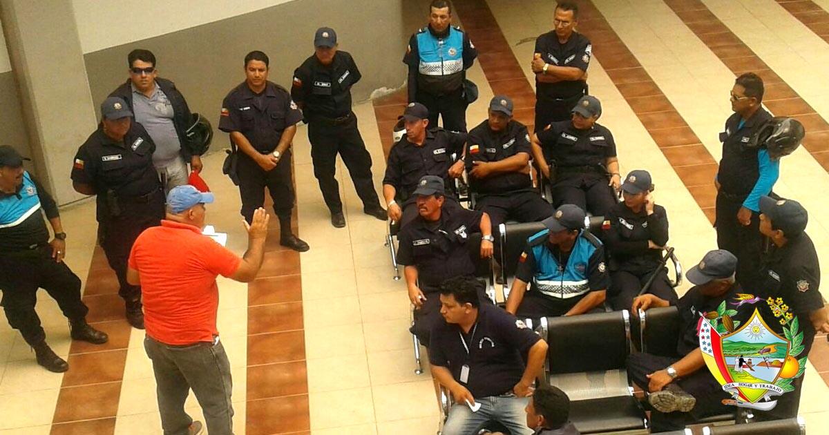 Policías municipales reciben charlas técnicas de apoyo