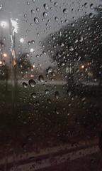 rain-drops-thunderstorm-0409-2