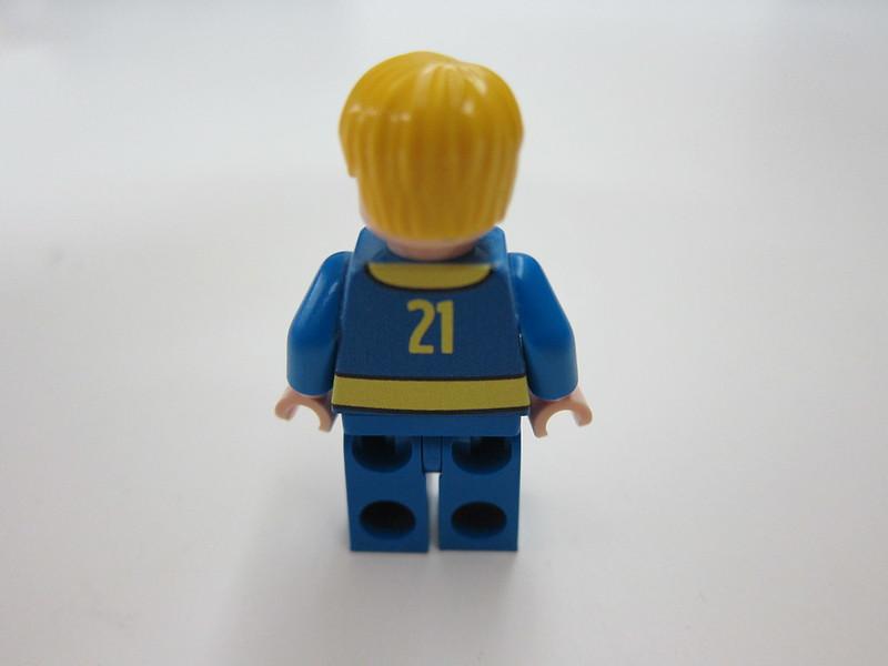 Fallout's Vault Boy Minifigure - Back