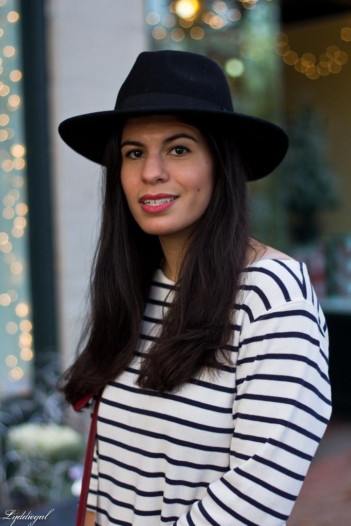 striped shirt, black jeans, leopard pumps, wool fedora-7.jpg