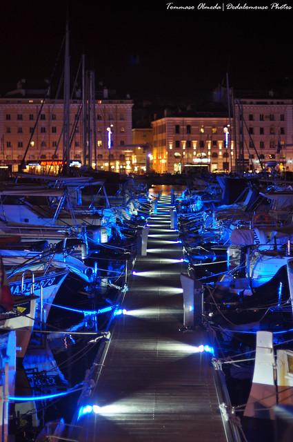 Molo blu - Blue quay - Muelle azul
