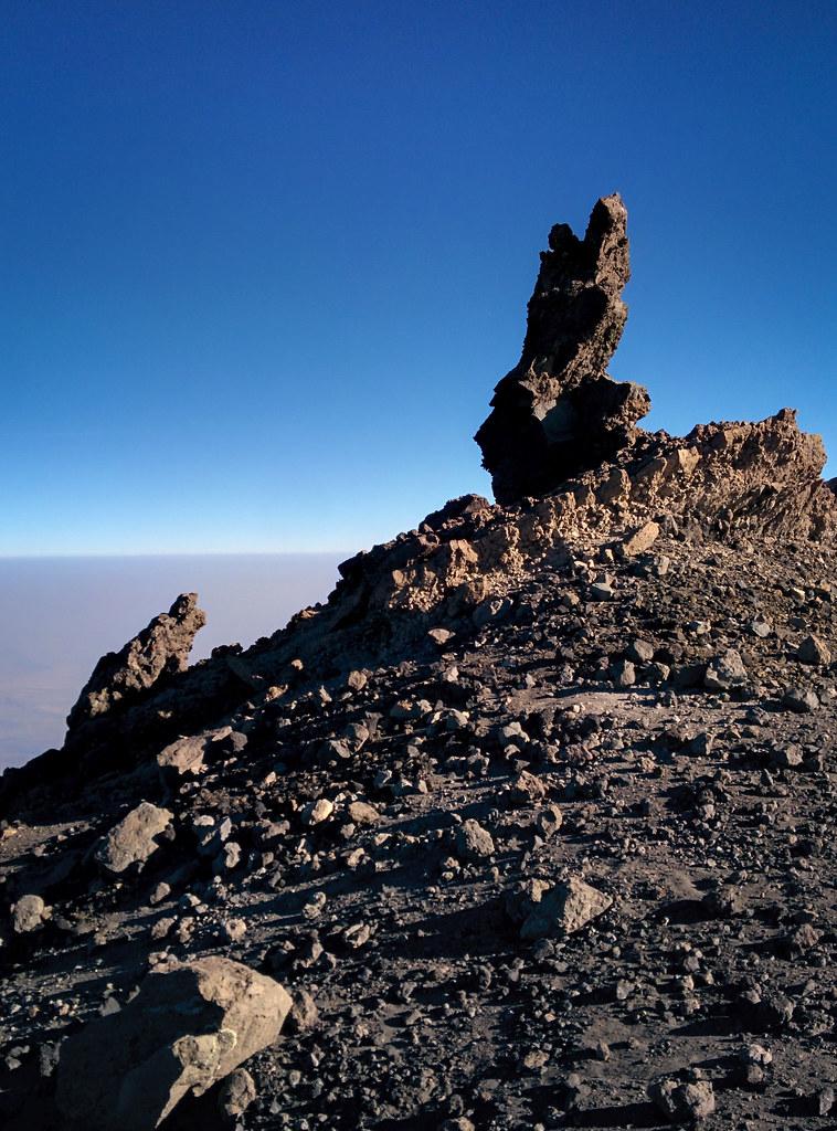 Steinskulpturen - Gipfeltag  - 3. Tag Mount Meru Tour zur Akklimatisierung. Tansania - Kilimanjaro Kraterschläfer Expedition 2016, Wikinger Reisen