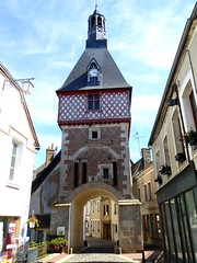 Saint-Fargeau