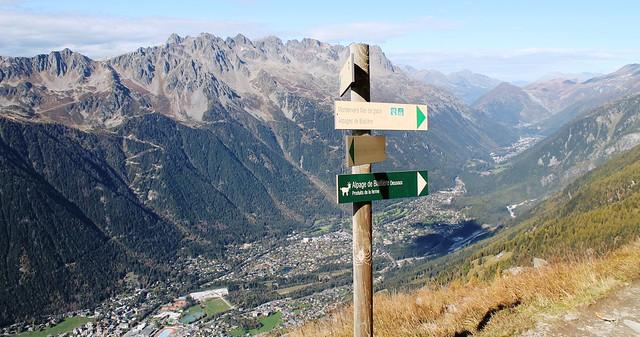Plan de l'aiguille trail sign to chamonix