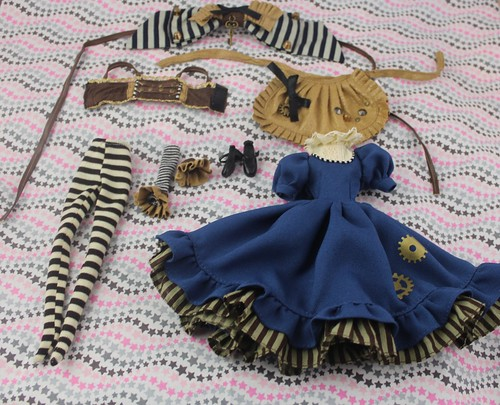 Alice in Steampunk Land stock outfit